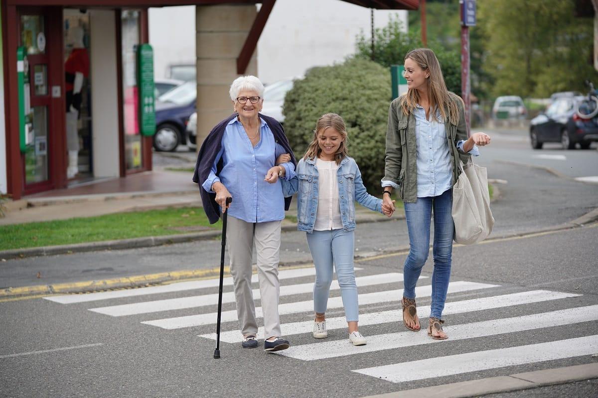 Crossing-street-pedestrians-road.jpg