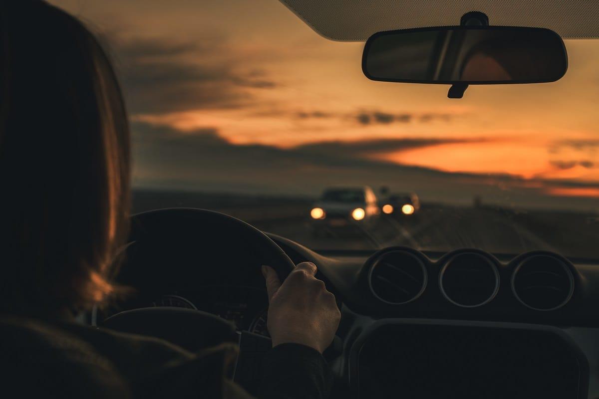 Driving-woman-car-dusk-drive.jpg
