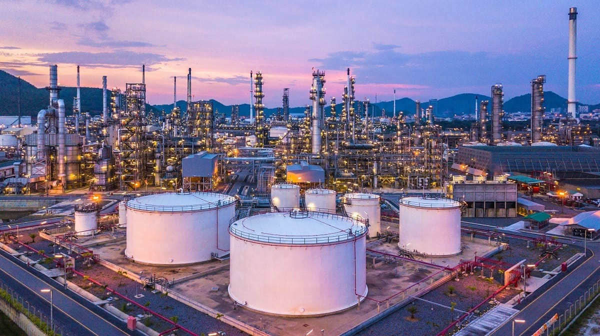 Petrochemical-chemical-plant-power-oil-gas.jpg