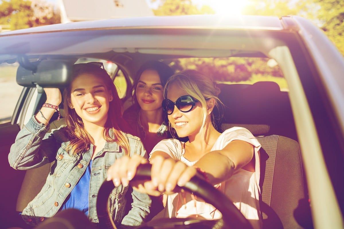 Teens-driving-together-teen-driver-car.jpg