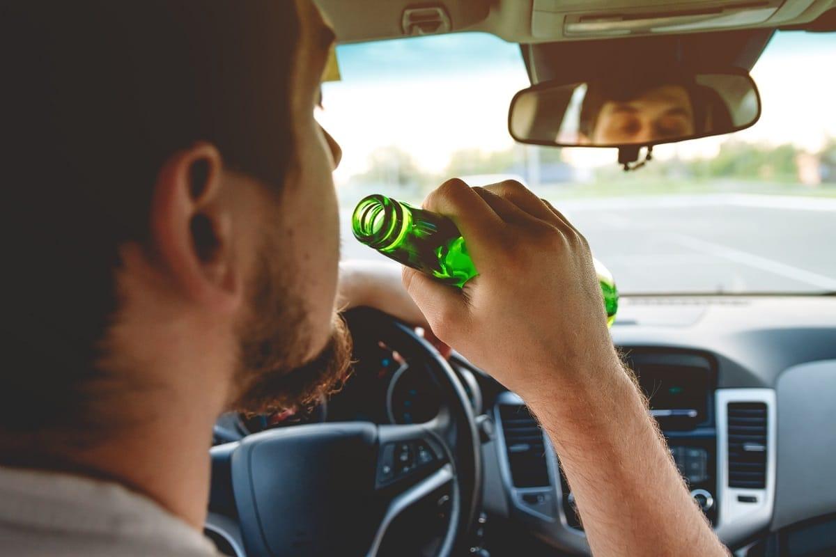 drunk-driving-driving-beer-car.jpg